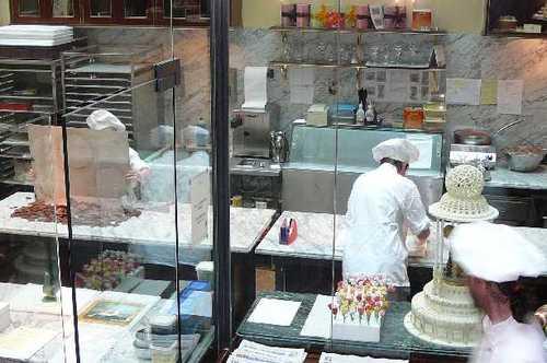カフェデーメル ケーキ製造
